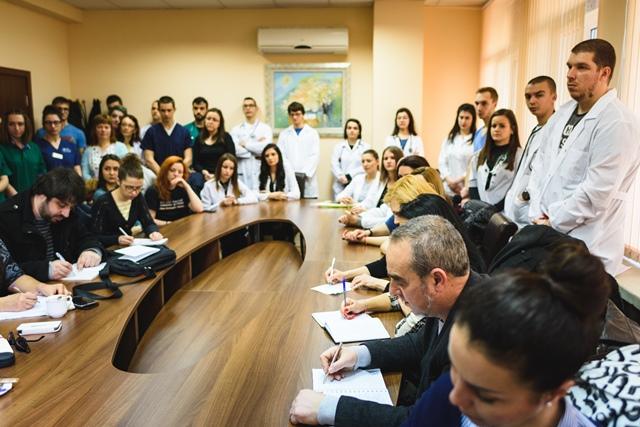 """Специалисти отбелязаха световния бъбречен ден в УМБАЛ """"Св. Марина"""" - Варна"""