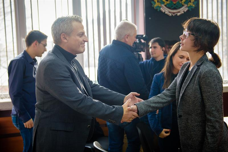 Minister Moskov Visited MU-Varna and Had a Meeting with Students Who Donated Blood for the Injured in Hitrino